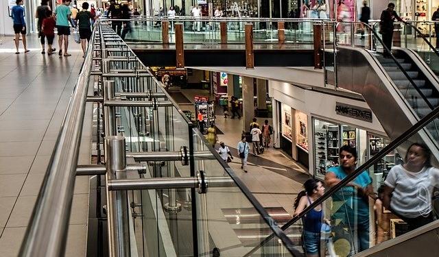 Attività in franchising in centri commerciali